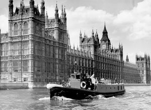 LCC-LFB fireboat Massey Shaw, Westminster, London