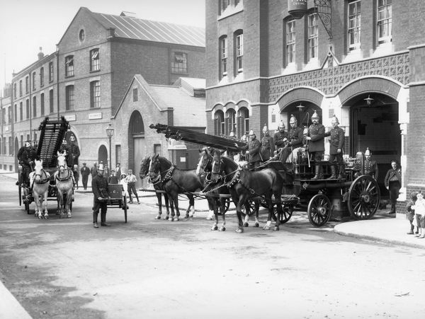 Opened in 1881, Shadwell fire station was located at 9 Glamis Road, Wapping