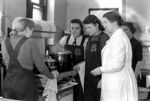 AFS women undergoing catering instruction, WW2