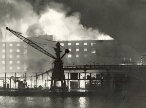 Blitz in London -- warehouses, Surrey Docks, WW2