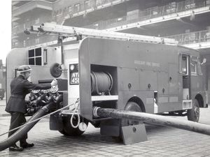 LCC-LFB AFS Green Goddess pump, Lambeth HQ