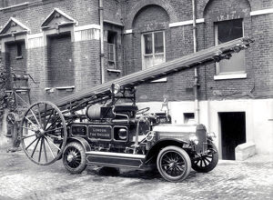 LCC-LFB Motorised pump escape at Southwark HQ