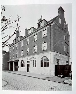 LCC-LFB Pageants Wharf fire station, Rotherhithe