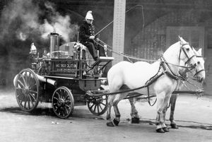 LFB - a Shand Mason MFB steam pump and crew