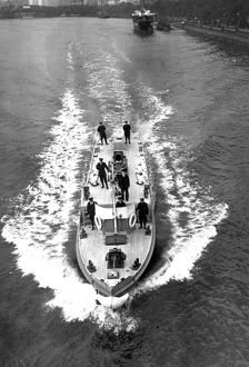 London Fire Brigade fireboat Massey Shaw underway